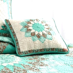 Sea Breeze Dahlia Quilt