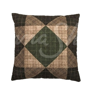 Antique Pine Quilt Collection